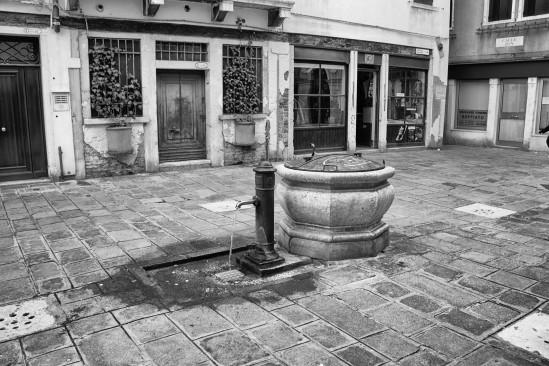 Water Pump, Calle de le capu, Castello, Venezia, Veneto, Italia